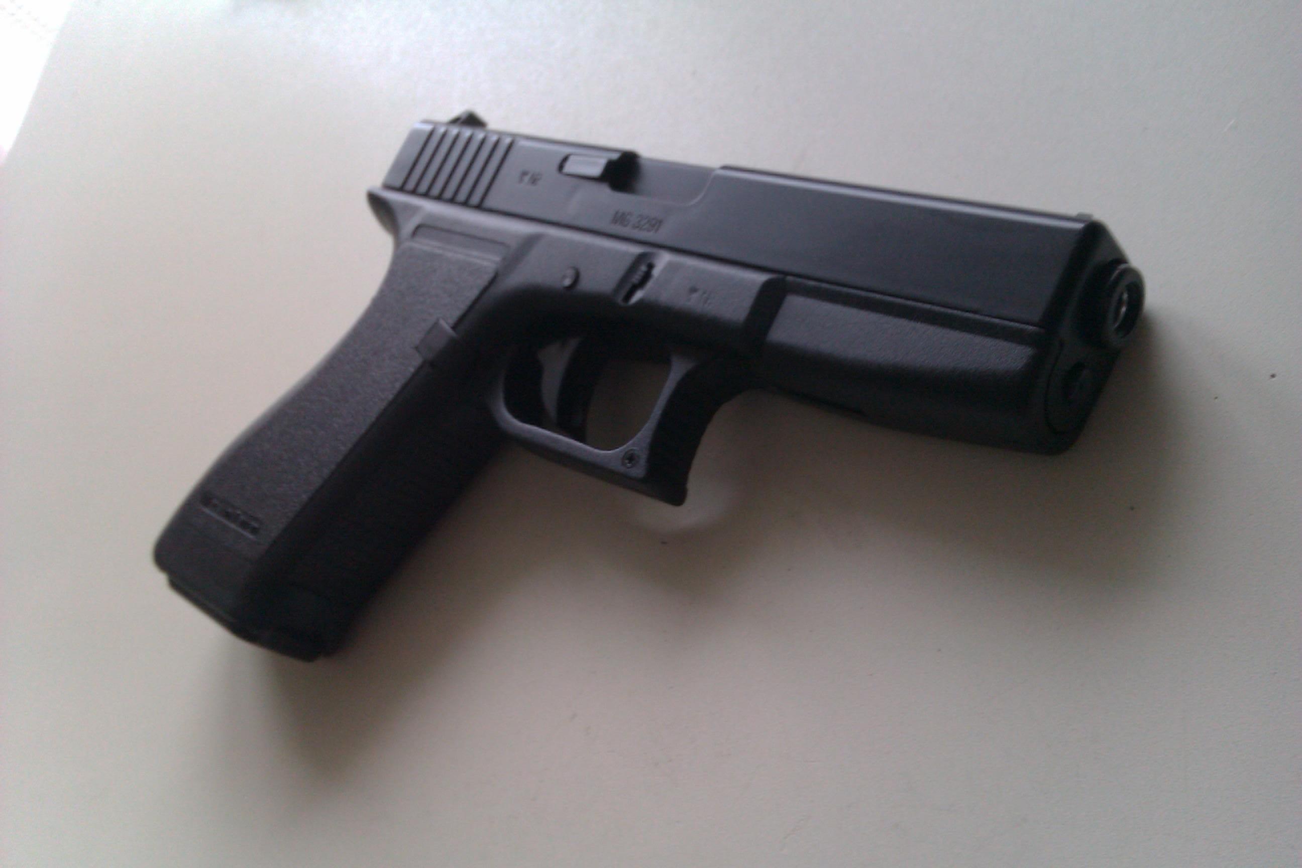 Recenze Glock 17 od UHC