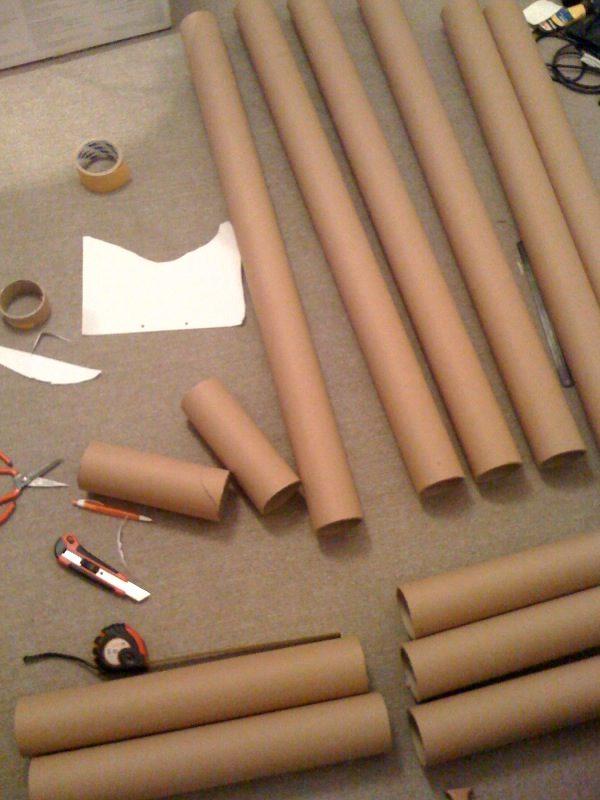 Papírová postel